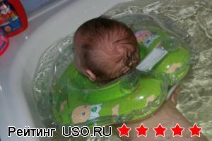 Круг для купания малышей Baby Swimmer