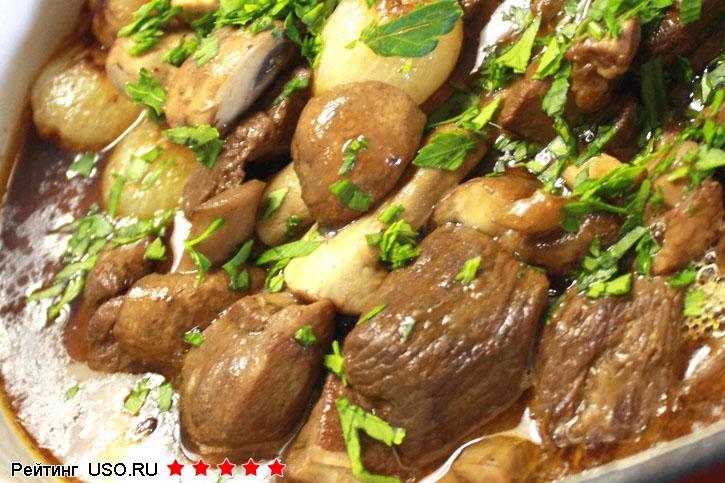 Как жарит картошку на сковороде